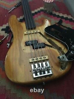 1976 Fender Precision Fretless Bass