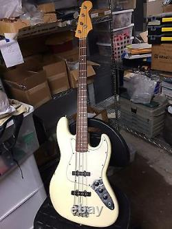 1984 Fender/Squier Jazz Bass Made in Japan