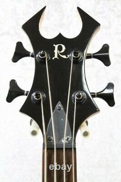 B. C. Rich warlock bass Black