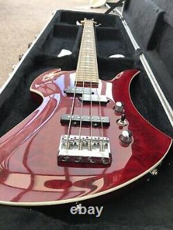 Bc rich bass guitar