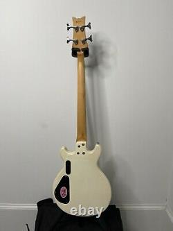 Daisy Rock Active Shortscale Bass