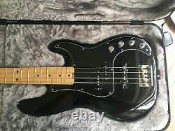 Fender American Elite Precision Bass, Excellent condition 2016 Case, Black Maple