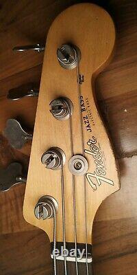 Fender Flea Signature Jazz Bass Excellent Condition withGig Bag & strap