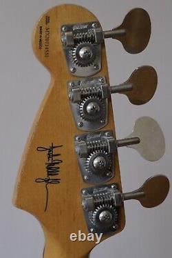 Fender JMJ Mustang Bass