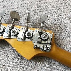 Fender Jaguar Bass Crafted in Japan