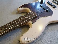 Fender Jazz Bass Flea Road Worn Artist Series Shell Pink Rosewood 1961 reissue