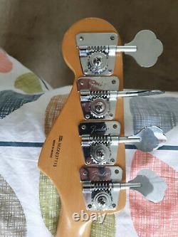 Fender Jazz Bass Guitar MIM