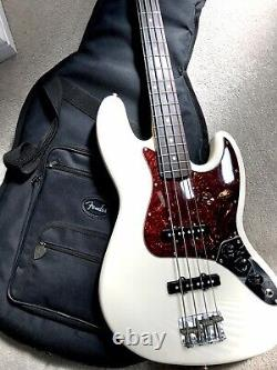 Fender Jazz Classic Series 60s Bass Guitar Olympic White Rosewood Fb + Gig Bag
