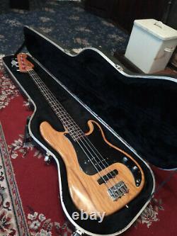 Fender Precision Bass USA 1978 (original neck, body and tuners)