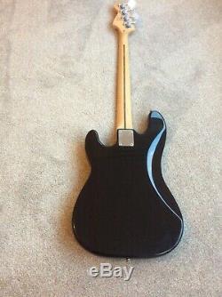 Fender Squier P Bass electric bass guitar