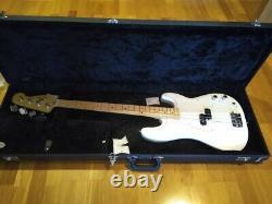 Fender player precision bass polar white + hard case