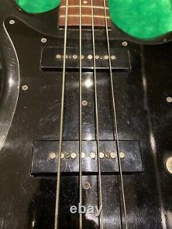 Guild B302 Bass Guitar with Hard Case