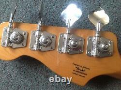 Squier Precision Bass, Classic Vibe 70's replica, Walnut, perfect condition