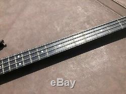 USA Carvin LB20 4-String Electric Bass Guitar, Strap & HSC