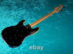 Universe Fender Mexican Precision Bass standard MIM Mexico guitar vintage design