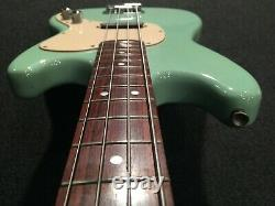 Used Squire / Fender Musicmaster Bass MM-B SBL Electric Bass Short Scale Rose FB