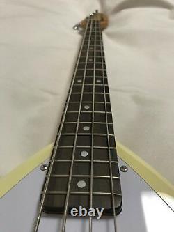 Used! VOX APACHE-1B Teardrop Electric Bass Vintage White Speaker Built-in