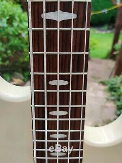 Yamaha BB425 5 String Electric Bass Guitar